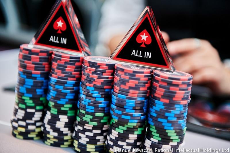 W pokerze liczy się zadawanie odpowiednich pytań